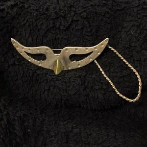 Jewelry - VINTAGE 925 SS MASK BROOCH WITH LOOP
